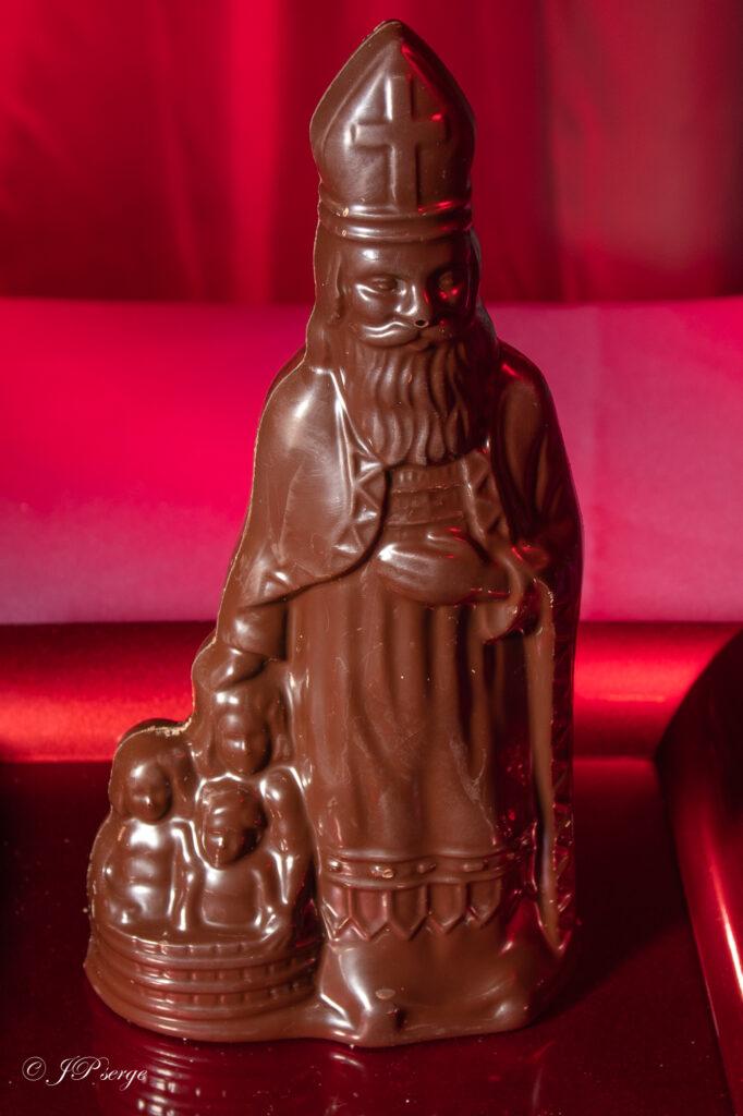 Saint-Nicolas au chocolat noir (Disponible)
